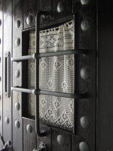 fenêtre-porte-grille